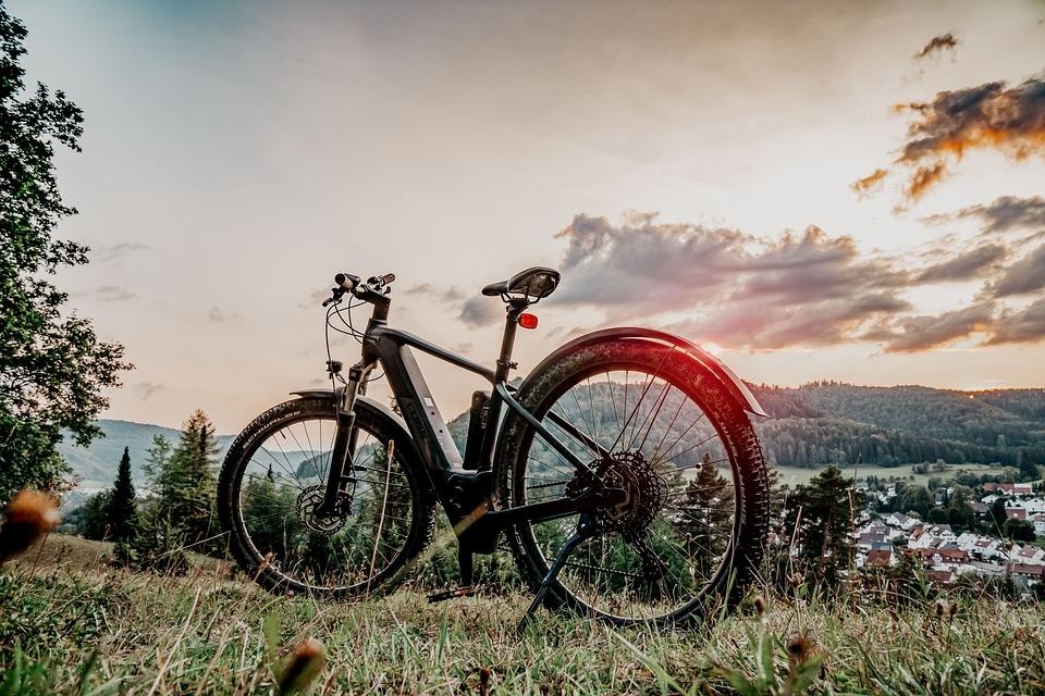 elektromos kerékpár töltés